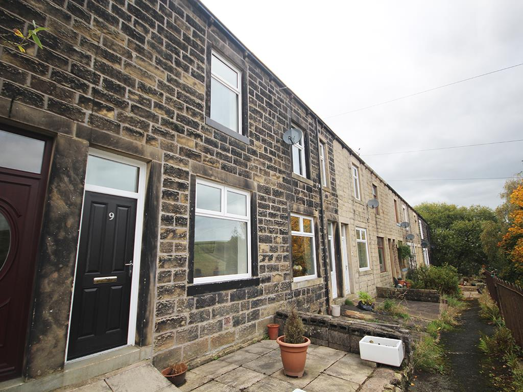 2 bedroom terraced house To Let in Trawden, Colne - Property photograph